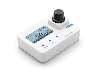 free-chlorine-portable-photometer-hi97701