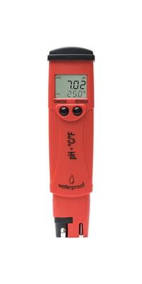 Red pH/Temperature tester