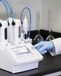 Lab with Hanna Titrator HI932
