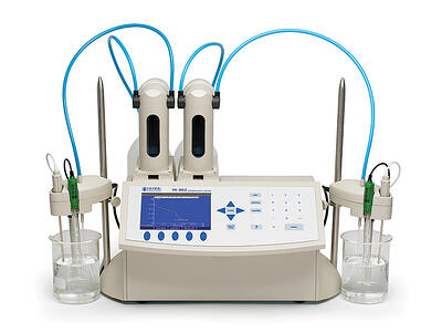 titrator-800by600-hi902C