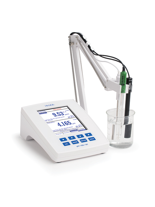 laboratory-research-grade-benchtop-meter-hi5522